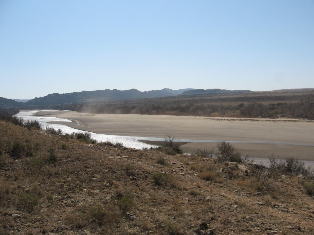 Orange river near Aliwal North, looking downstream