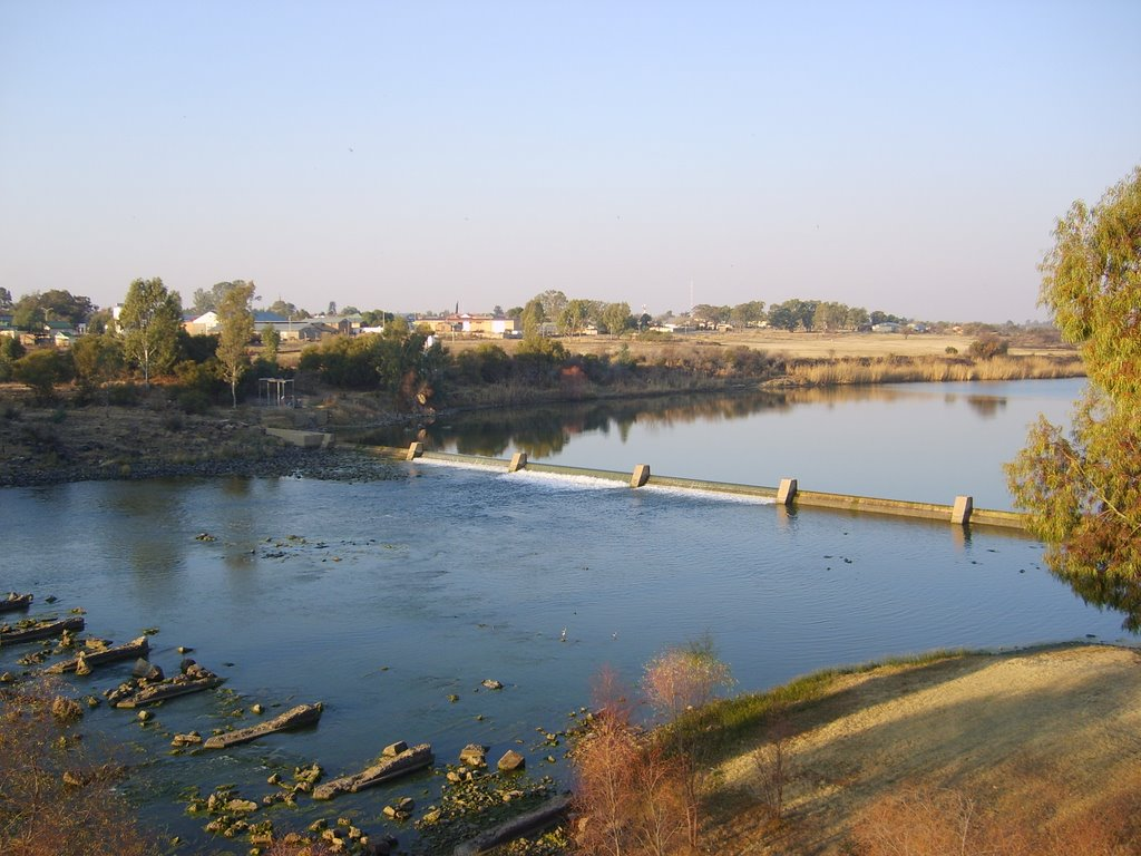 Vaal River at Bloemhof, crossing into the Free State