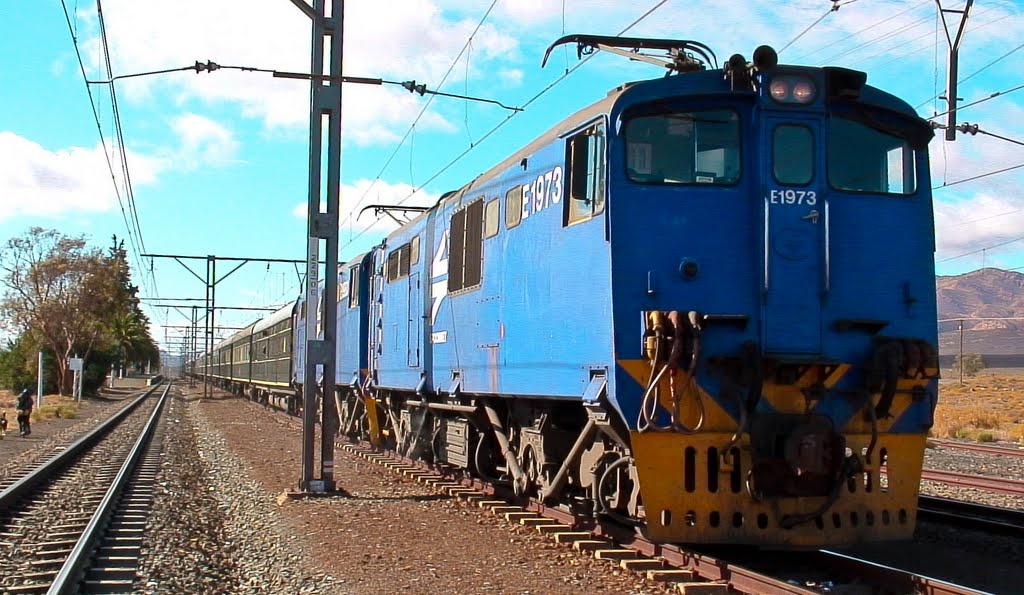 Rovos Rail ready to depart from Majiesfontein on the last leg to Cape Town_Western Cape.  ©PhilRHamar