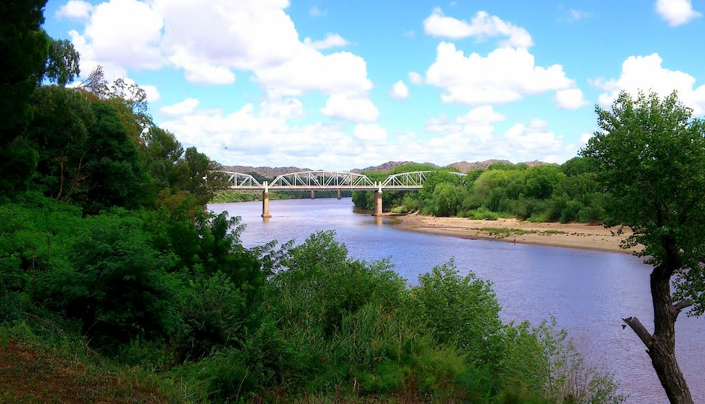 The Hertzog Bridge over the Orange River, Aliwal North
