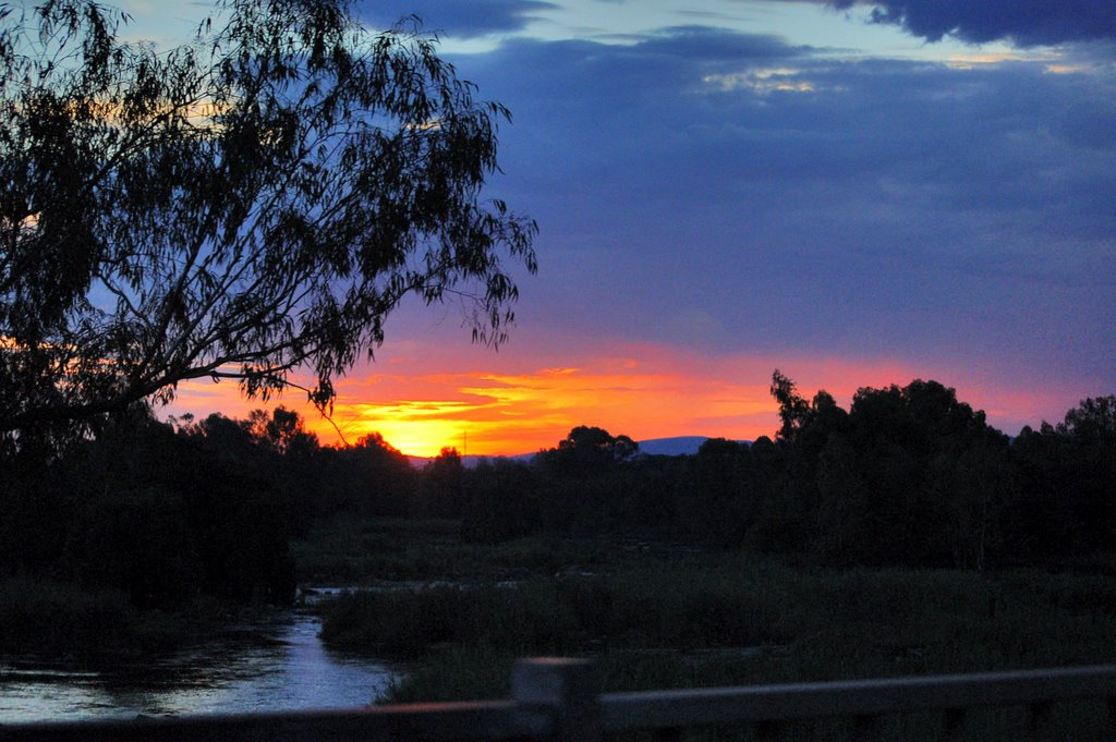 Sunset over the Vaal river in Parys