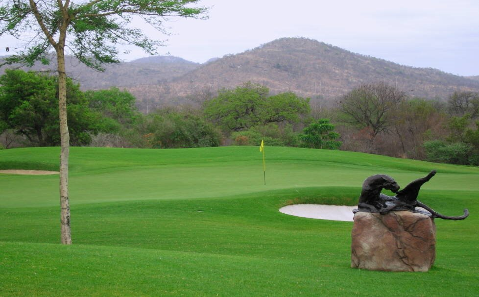 Leopard Creek Golf Club - perfect condition on the border of the Kruger NP